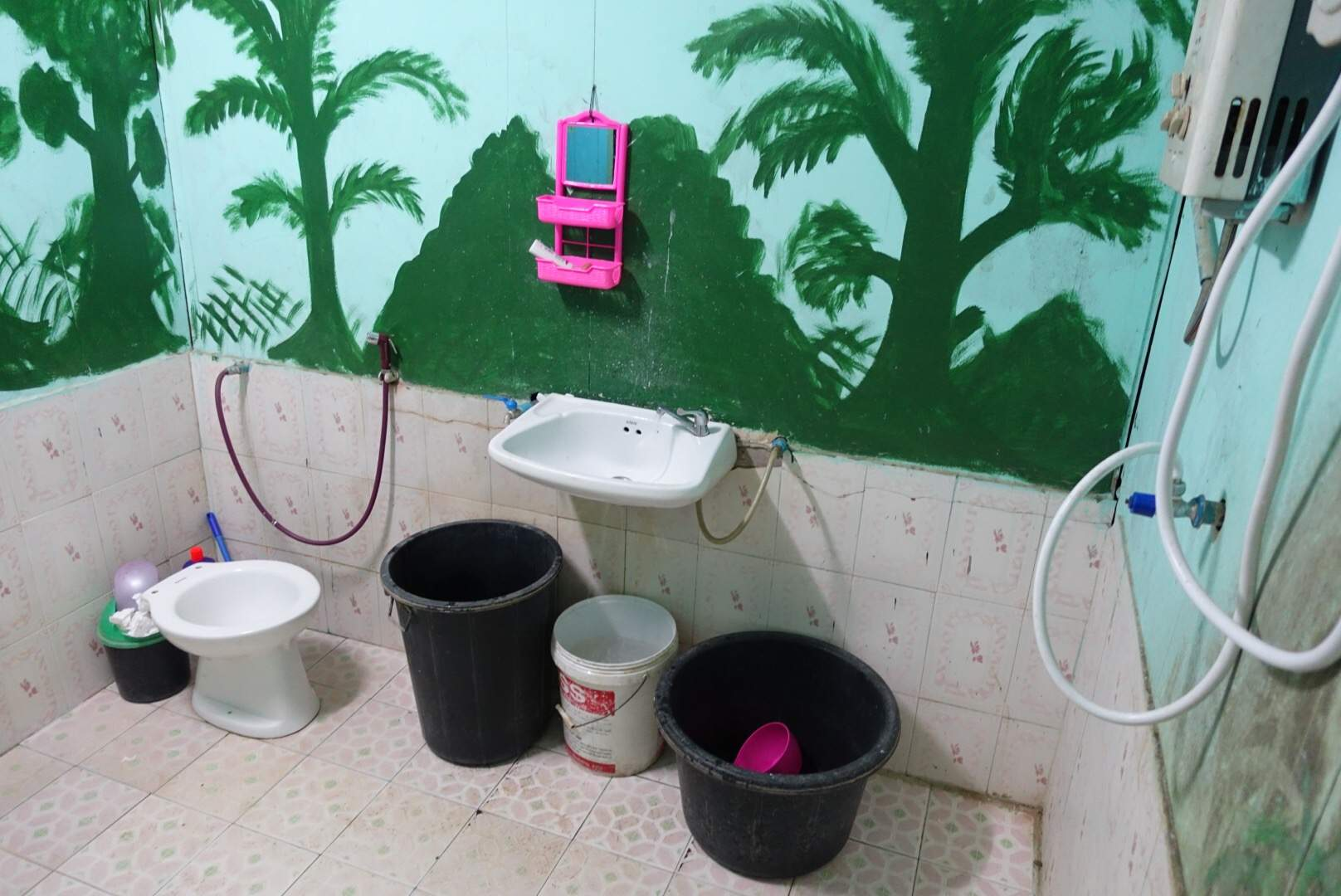 Bathroom in Pat Beng